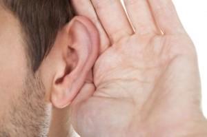 problemy ze słuchem słabosłyszenie 300x199 Soundimine Earelief: opinión sobre el dispositivo para mejorar la audición